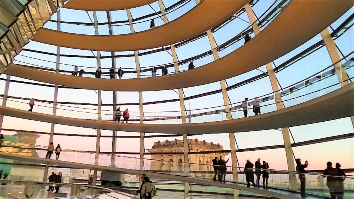 Free tour of the Reichstag Building in Berlin