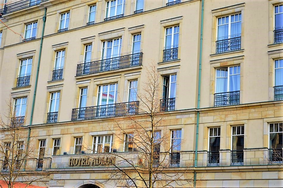 Hotel Michael Jackon dangled his baby from, Hotel Adlon, Berlin, Germany