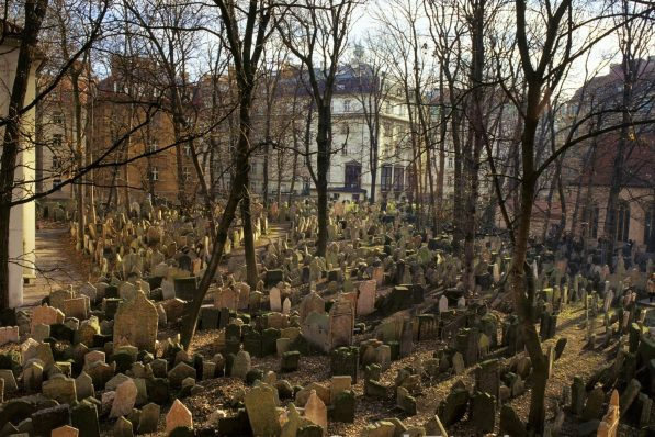 Things to do on Halloween, Old Jewish Cemetary, Prague