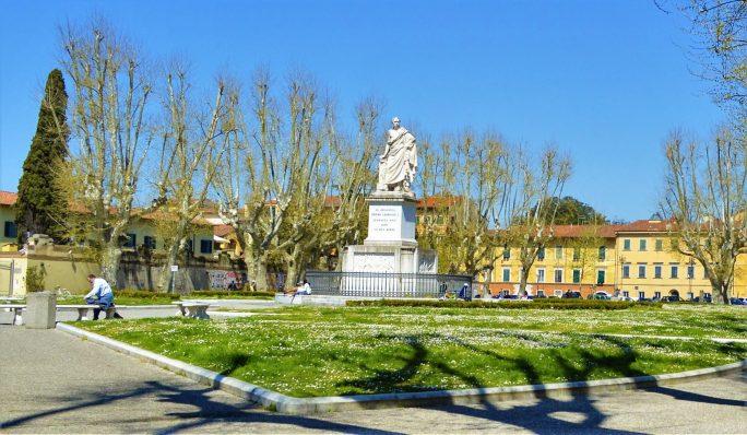 PIAZZA MARTIRI DELLA LIBERTÀ, Pisa, Italy, things to do in pisa italy