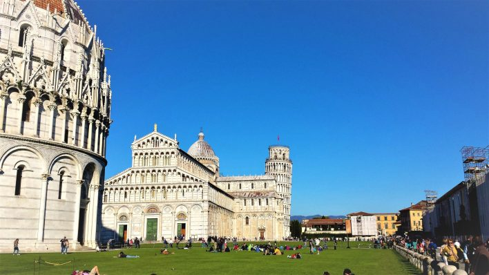 Piazza dei Miracoli, buildings in Pisa, Italy, things to do in pisa italy