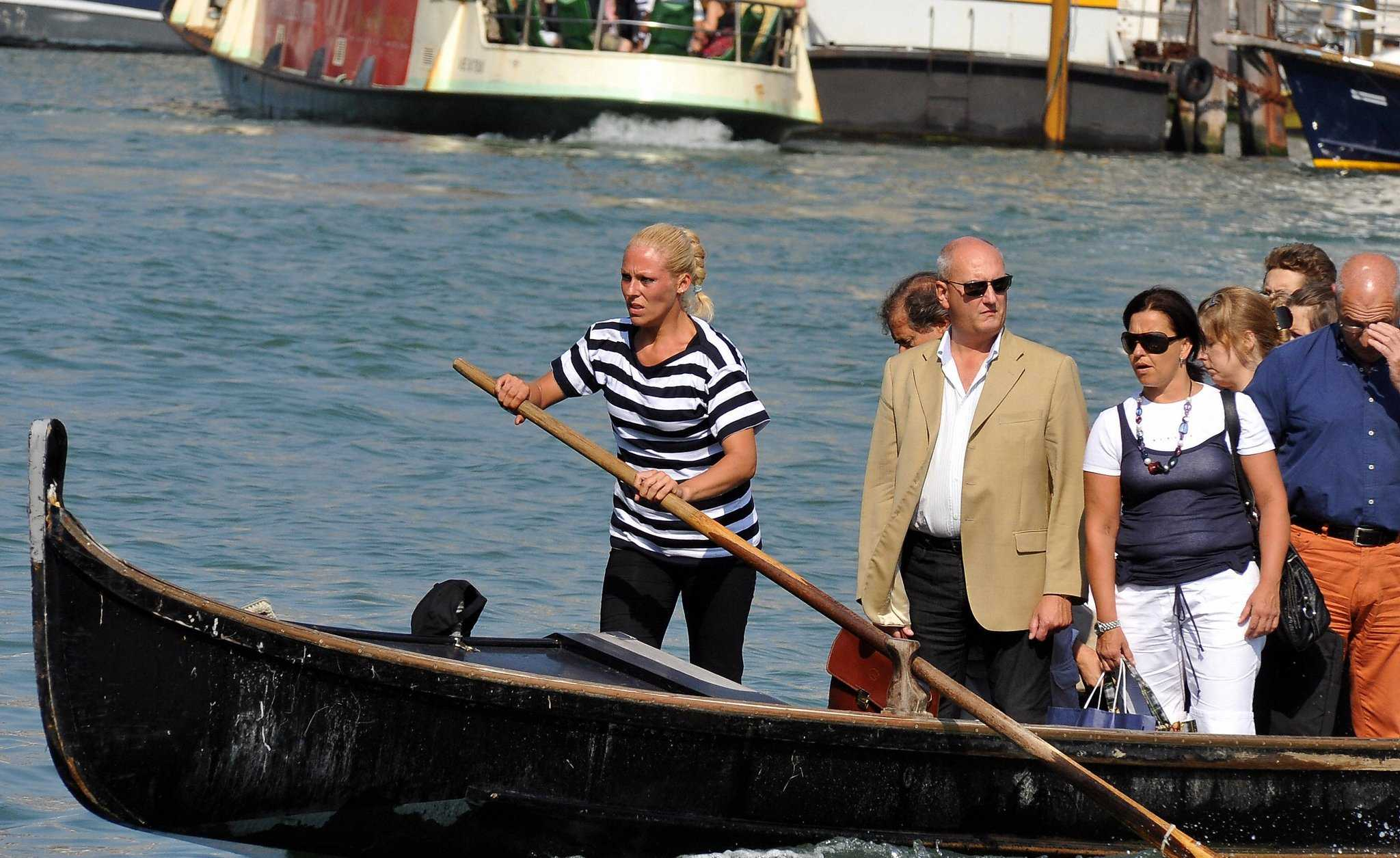 First-Woman-Gondolier-Giorgia-Boscolo